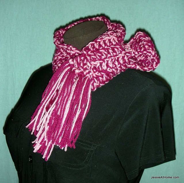 Leo-Scarf-Free-Crochet-Pattern-Worsted-Weight-Vertical