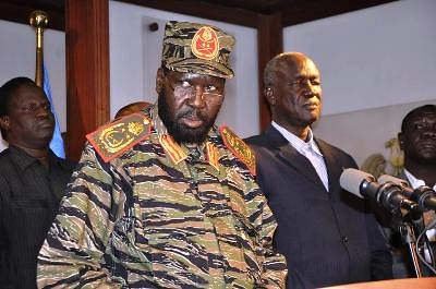 Republic South Sudan President Salva Kiir with Defense Minister Koul Manyang Juuk announcing that an attempted coup has taken place. He blamed former Vice President Riek Machar. by Pan-African News Wire File Photos