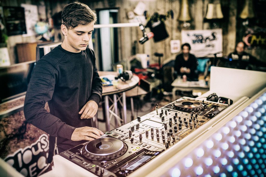 Martin Garrix 2015 Wallpaper Today is March 14th