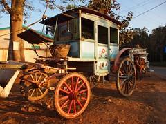 Traditional horse carriage of Pyin Oo Lwin (Myanmar 2013)