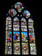 St Gilles stained glass windows, Malestroit