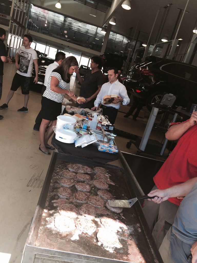 This is how lunch goes at the best Porsche Center in the world.. PCSS