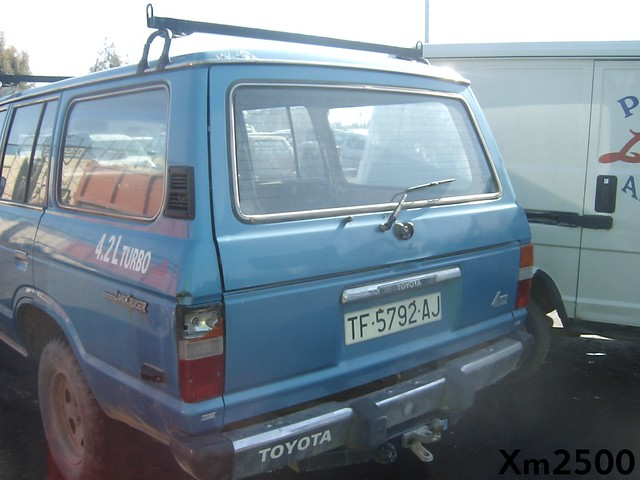 FJ 60 Rear window