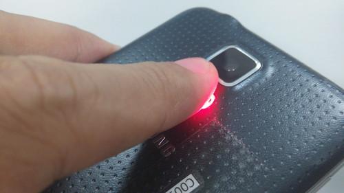การวัดอัตราการเต้นของหัวใจด้วย Samsung Galaxy S5