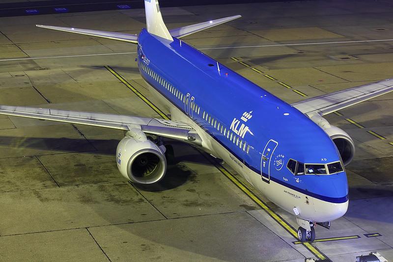 KLM - B738 - PH-BXD (1)