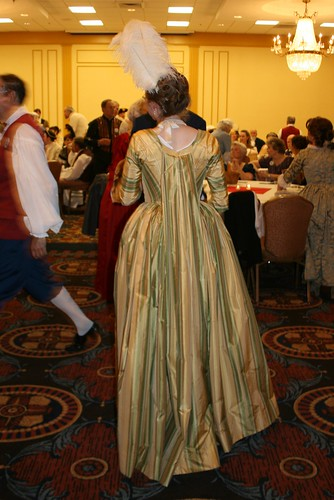 1780s Robe a la Piemontaise - Back