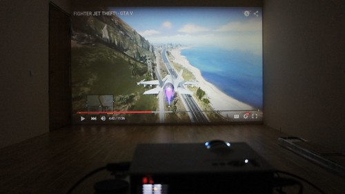 Unic UC40 LED projektorius   visoms lovos problemoms