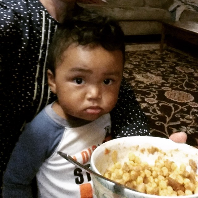 Have food. Will beg. #nephewinthehouse #littlejae