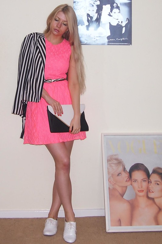 Neon, Sam Muses, Primark, Tammy, Lace Dress, Pink, Monochrome, White Brogues, Envelope Clutch, Stripes, Striped Blazer