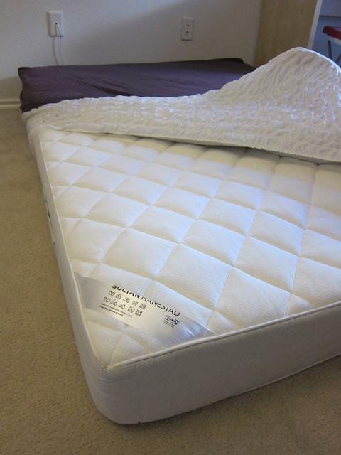 ikea queen size mattress sultan hanestad with bed sheet n mattress protector 120. Black Bedroom Furniture Sets. Home Design Ideas