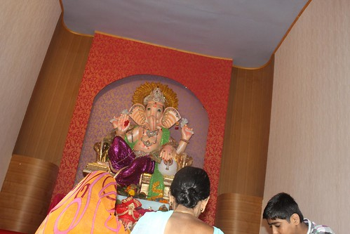 Bandra Bazar Road Ganpati Pandal,. Shot By Nerjis Asif Shakir 2 Year Old by firoze shakir photographerno1