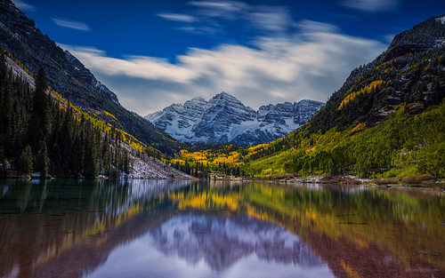 pictures lake snow mountains fall colors canon photography colorado outdoor fallcolors september valley co aspens peaks aspen firstsnow snowmass attractions roaringfork maroonbells yelloe maroonpeak 2013 colorefexpro niksoftware tobyharriman