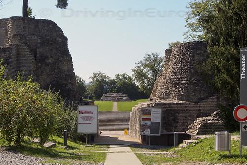 ローマ遺跡の入り口