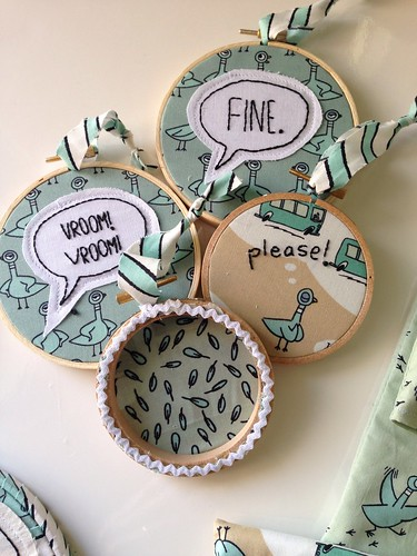 Mo Willems Pigeon embroidered ornament set