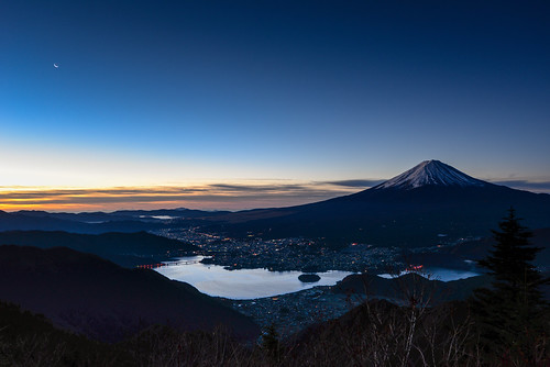 winter japan night sunrise december fuji getty 日本 crazyshin 富士山 河口湖 富士 山梨県 2013 南都留郡 afsnikkor1424mmf28ged order500 pwpartlycloudy nikond610 20131201d014081 11149632233