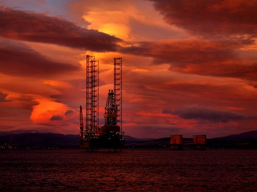 up sunrise jack scotland highlands cromarty oilrig firth gloaming