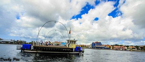 ocean city bridge cruise sea netherlands colors dutch ship capital floating curacao caribbean willemstad antilles