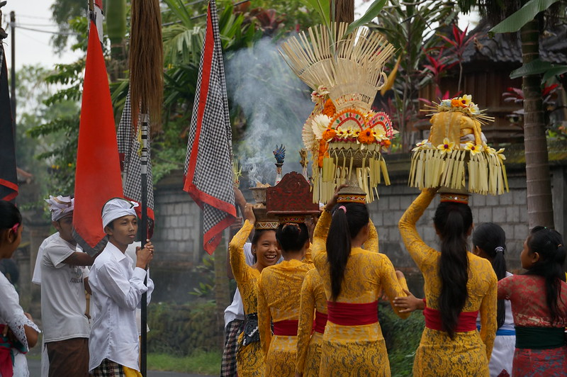 Religious procession spotted during our walk in Ubud