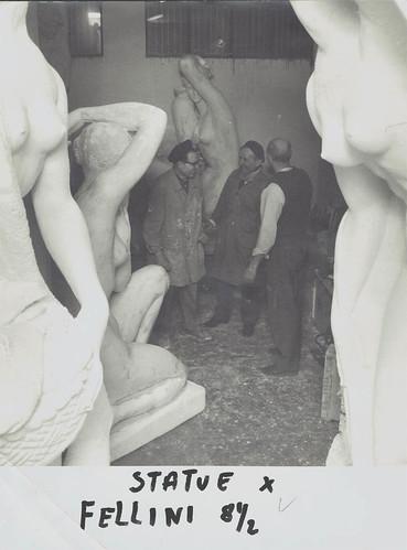 fellini 8e mezzo statue di cesarino vincenzi