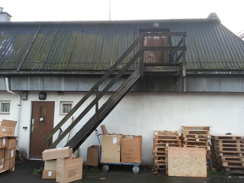 2013-10-31 - Roof Door