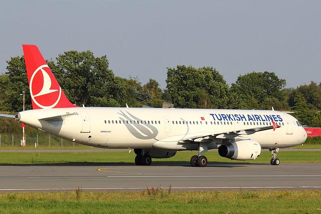 Turkish Airlines - A321 - TC-JSC (2)