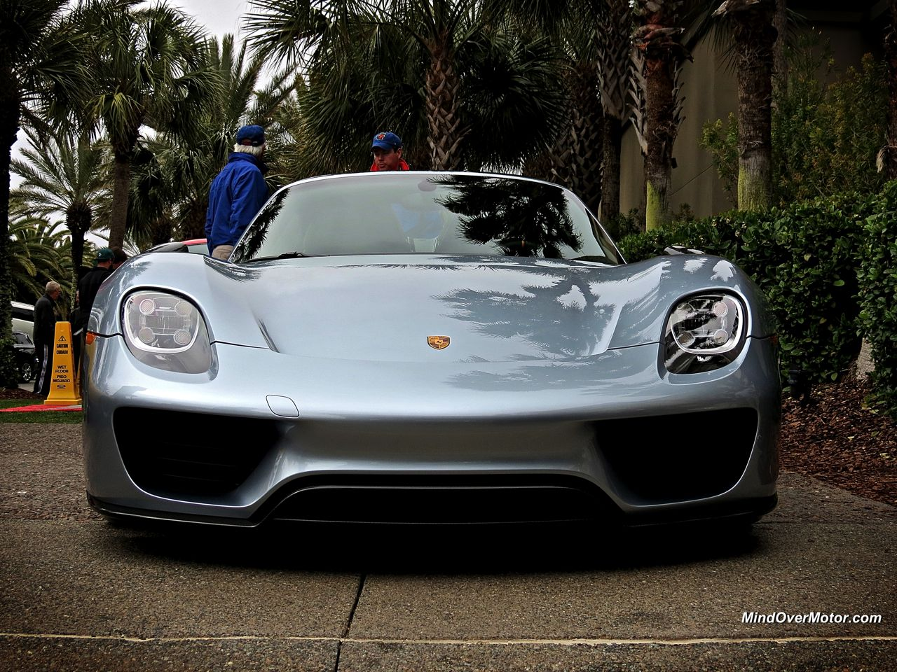 porsche 918 spyder at amelia island mind over motor. Black Bedroom Furniture Sets. Home Design Ideas