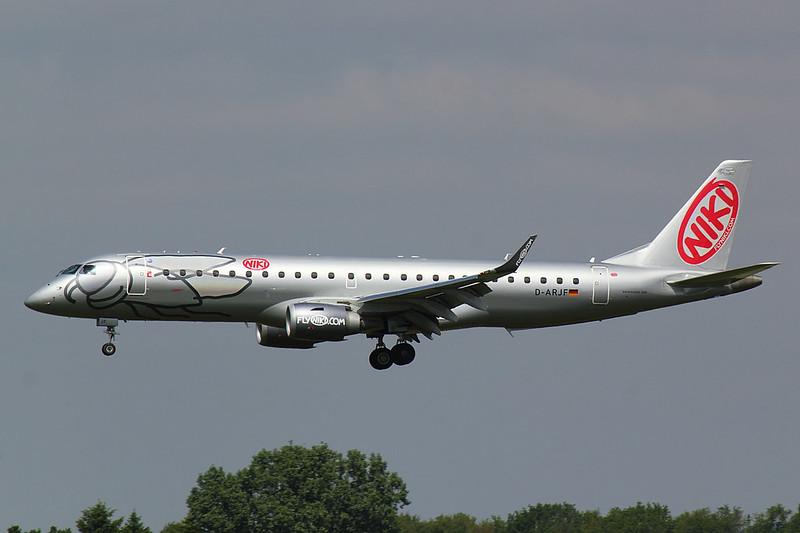 LGW - E190 - D-ARJF (2)