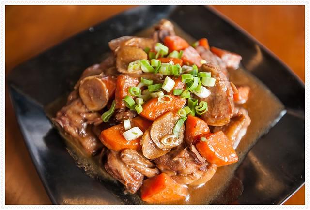 清境餐廳-七彩屋雲南擺夷料理