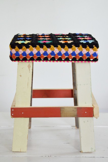 wood & wool stool paula