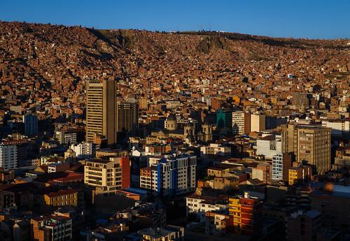bolivia illimani cityscape miradorkillikilli lapaz sunrise nuestraseñoradelapaz lapazdepartment bo canon5dsr town colors canon city capital mountain