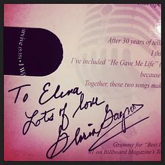 temazo original firmado por la viejuna de Gloria Gaynor, para mi Helena (le he dicho lo de la h pero esta ya un poco chocha la mujer) #bea13 #ny