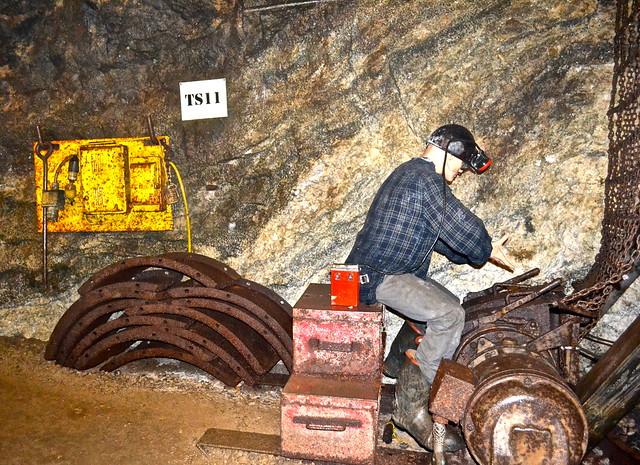 miner's job - mining life