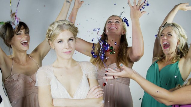 Rusty Blazenhoff: Newlyweds Capture Their Guests Having Fun in a Special Slow Motion Booth