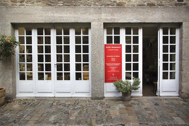 Pigment specialist's atelier - Atelier Beaumanoir