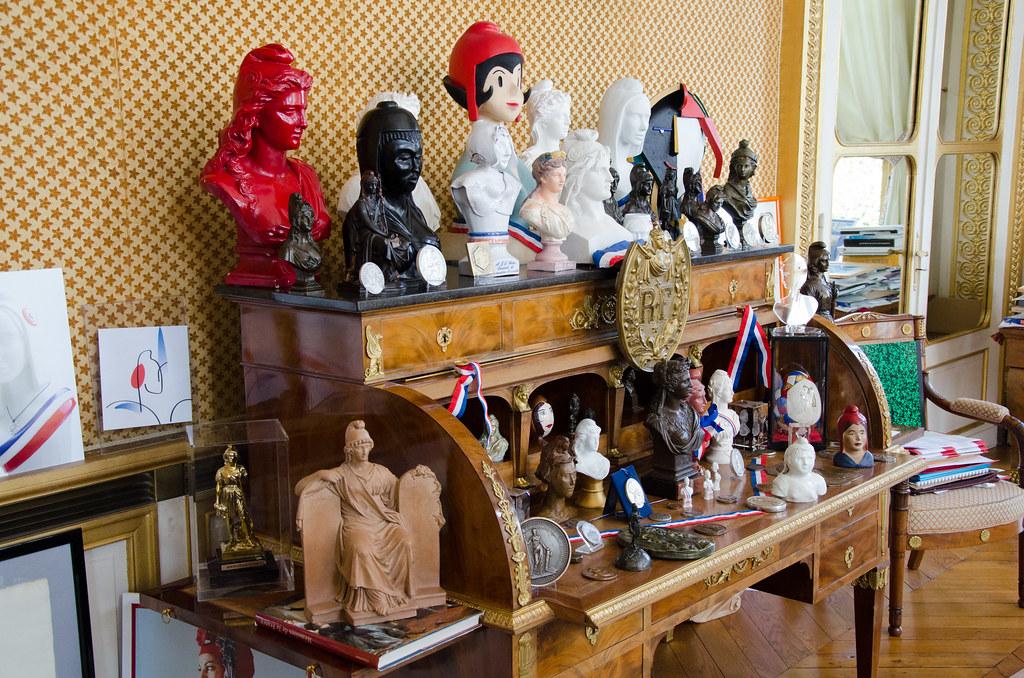 La collection de Marianne dans le bureau du Président