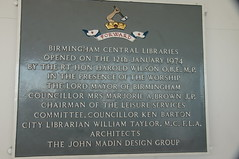 Photo of Harold Wilson and Birmingham Central Library black plaque