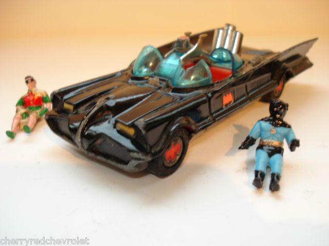 batman_corgibatmobile