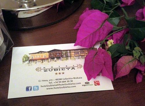 Me está gustando el Hotel Zubieta, Lekeitio, donde pernoctaremos #BizkaiaCostaVasca (en Zubieta Hotel Lekeitio)