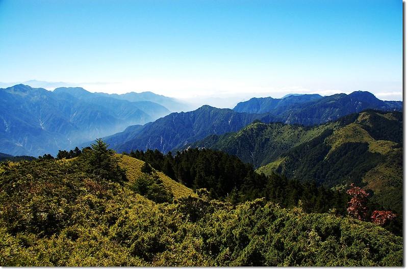 小雪、知馬漢山(匹匹達山眺向西南)