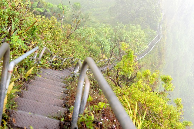 Hawaii's forbidden 'Stairway to Heaven'