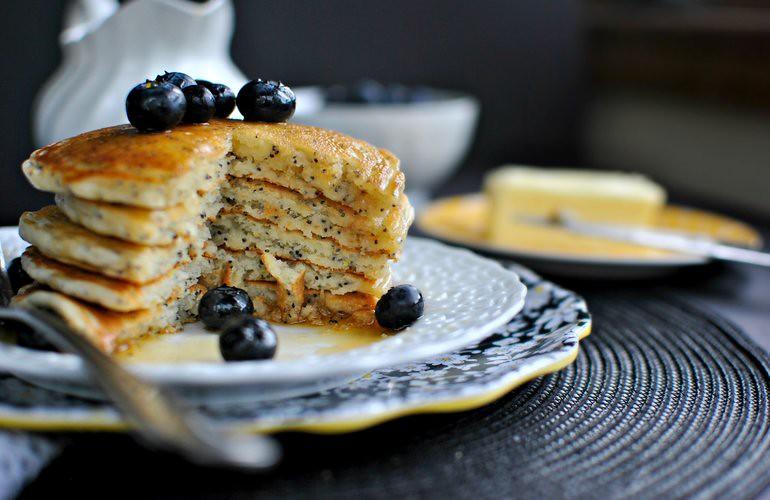 rsz_lemon-poppy-seed-pancakes-cut-wwwsimplyscratchcom_