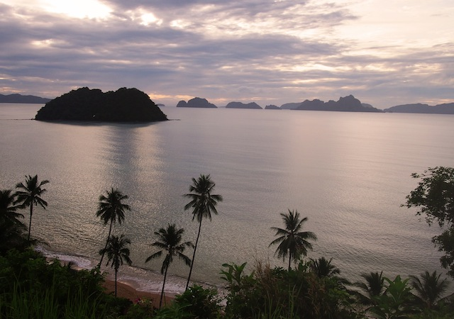 Corong-Corong beach El Nido sunset