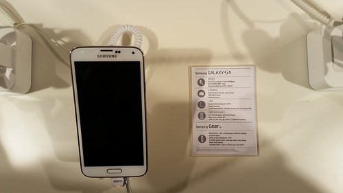 Samsung Galaxy S5 - sample