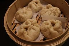 dim sum food, nikuman, mongolian food, siopao, cha siu bao, xiaolongbao, mandu, baozi, momo, pelmeni, food, dish, dumpling, jiaozi, buuz, cuisine,
