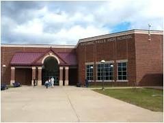 Potomac Falls High School in Cascades