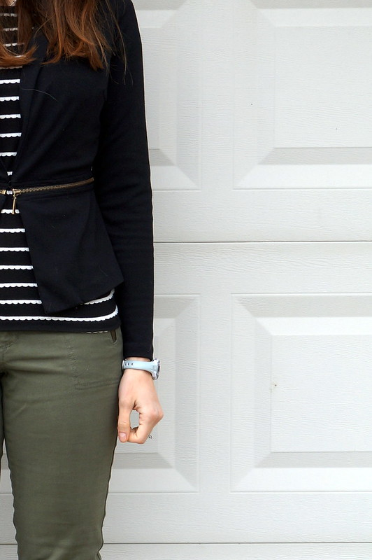 black and white Ann Taylor Loft scallop tee, blazer, green pants
