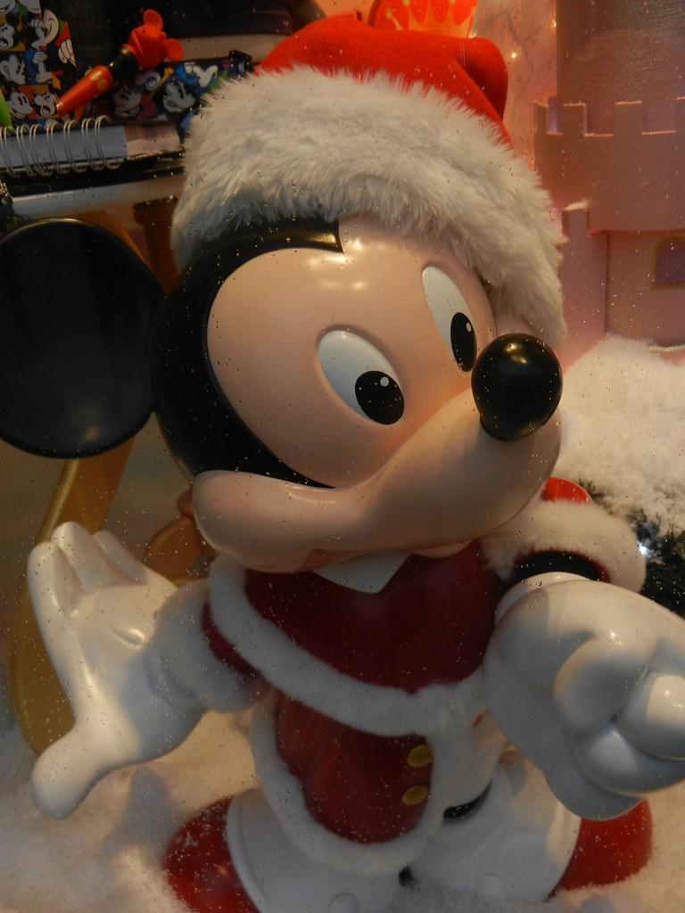 Un séjour pour la Noël à Disneyland et au Royaume d'Arendelle.... - Page 6 13875619803_c05e6d694a_b