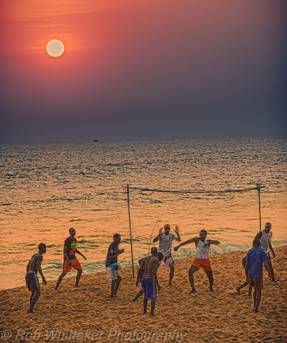 africa westafrica côtedivoire cotedivoire overland ivorycoast abidjan beachfootball lagunes oasisoverland robertwhittaker sazzoo robwhittaker sazzoocom robwhittakerphotographycom abidjanbeach