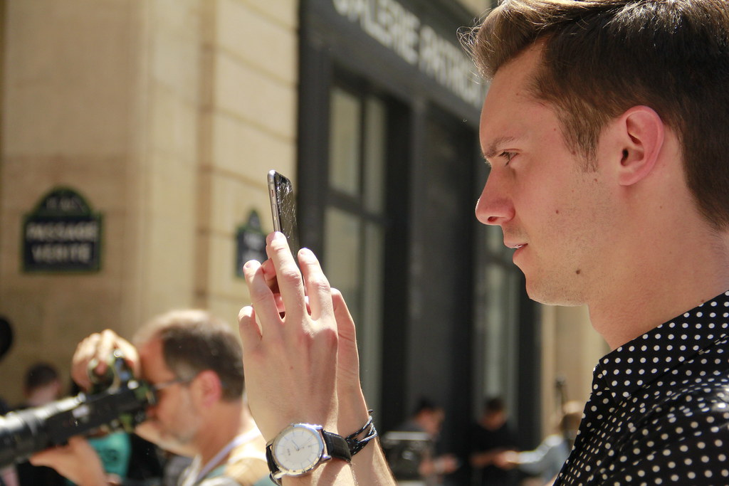 Smartphones at Fashion Week