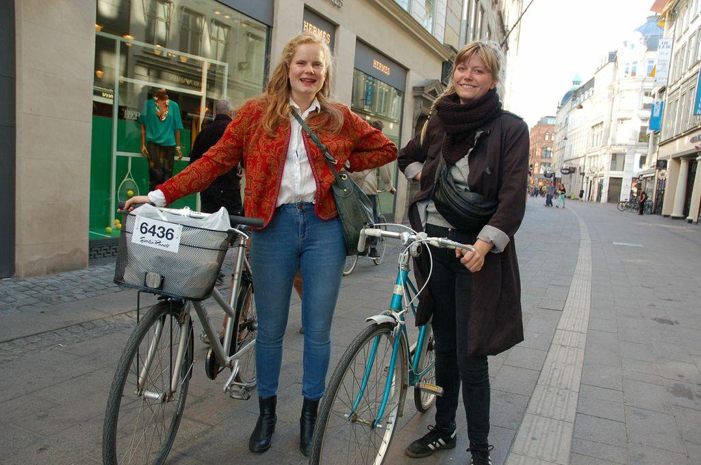Copenhagen Girls: Clara and Simone 1